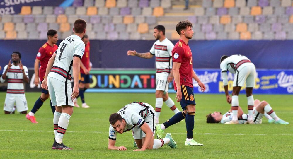 La Sub-21 cede su corona en semifinales