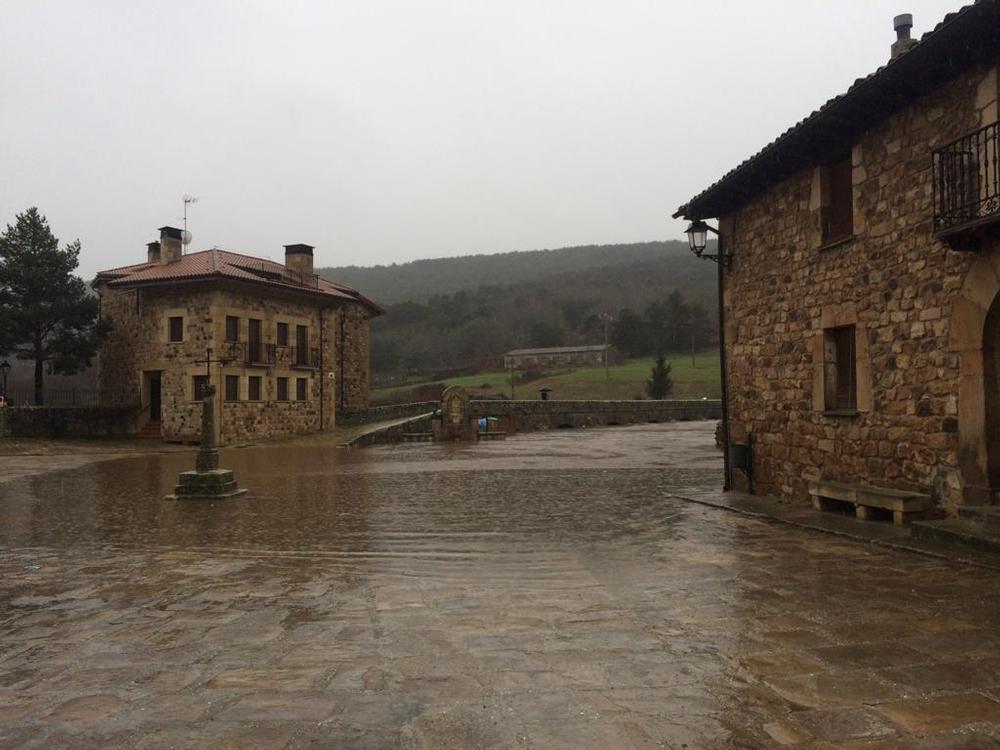 El Duero se desborda a su paso por Salduero y Covaleda