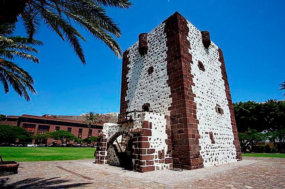 Torre de San Sebastián de la Gomera.