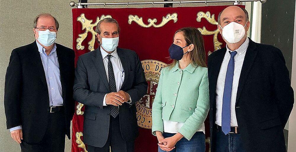 (I a d) Juan Vicente Herrera, el presidente del Consultivo, Agustín Sánchez de Vega, María del Valle Ares y Francisco Ramos.
