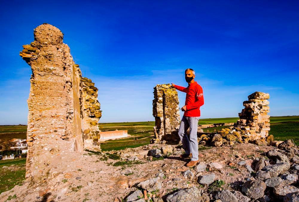 La fortaleza olvidada del castillo de Ciruela