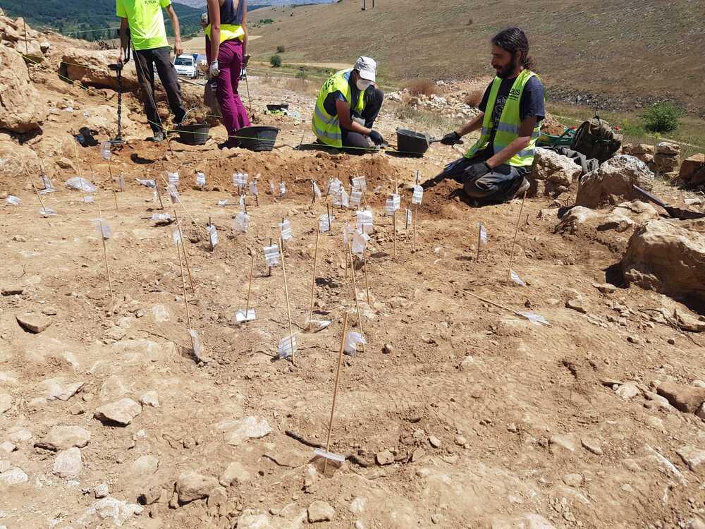 Hallan en La Loma una calzada cántabra de más de 2.500 años