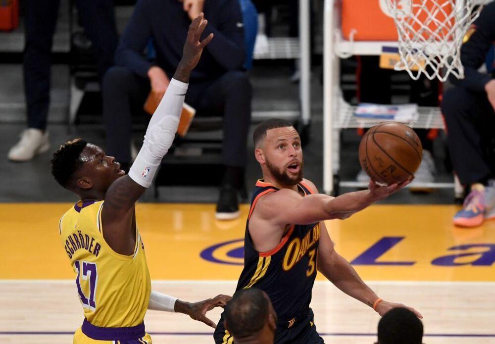 LeBron somete a los Warriors y mete a los Lakers en playoffs