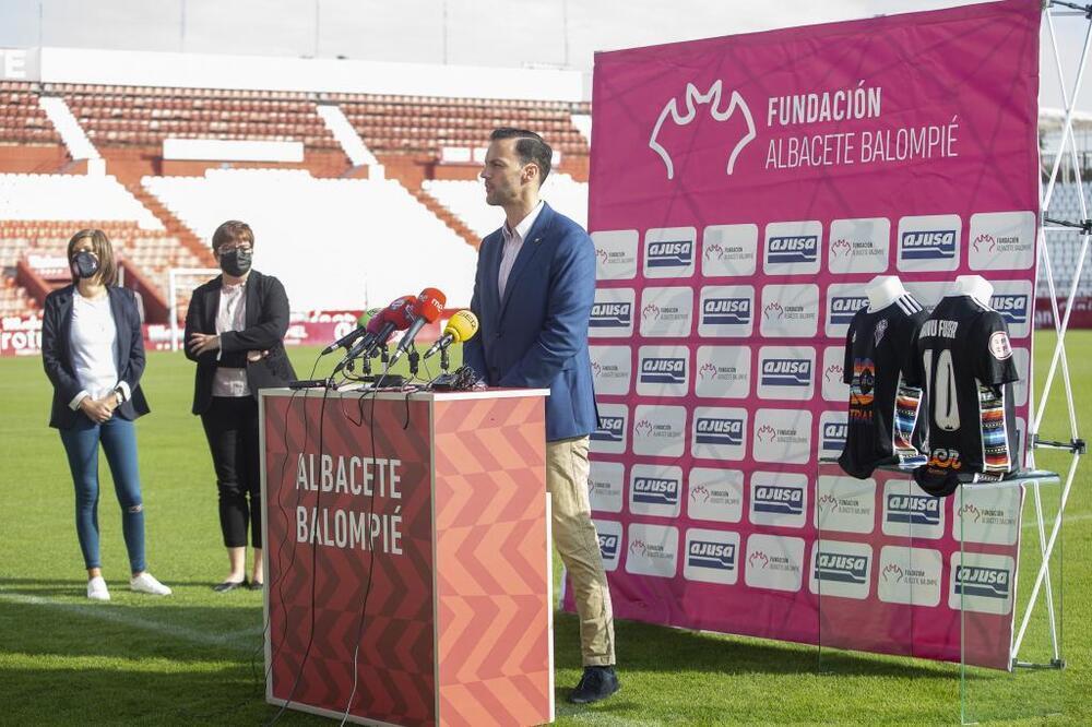 El Albacete renueva su compromiso contra el cáncer