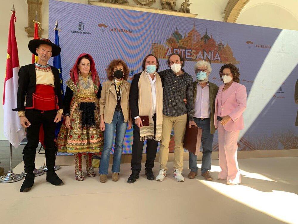 Mérito artesano a Tomás Alía y Centro Cerámico Talavera
