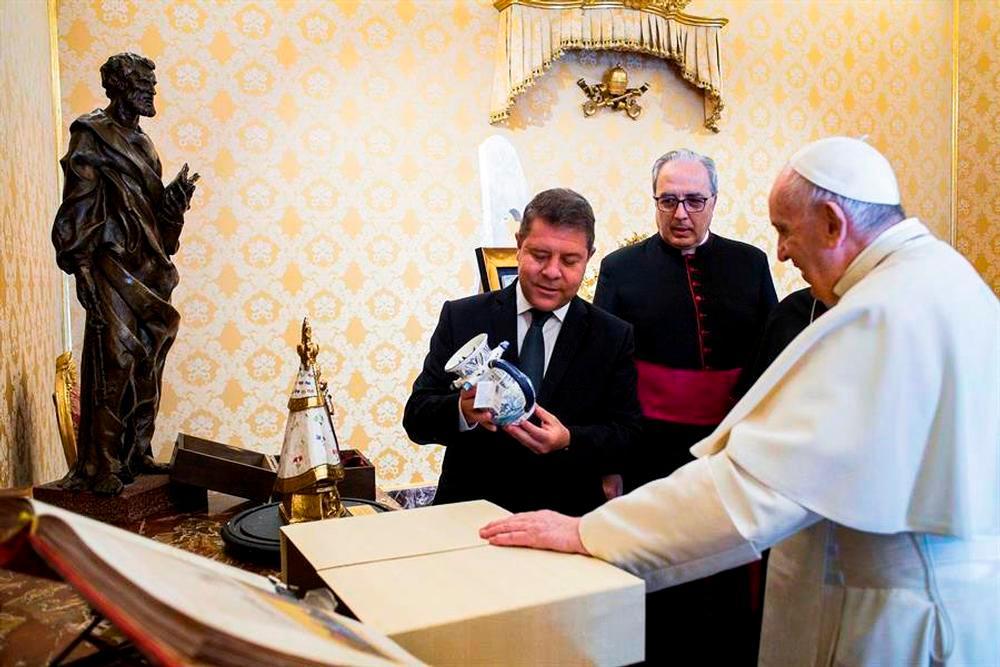 Castilla-La Mancha invita  al Papa a  conocer la región