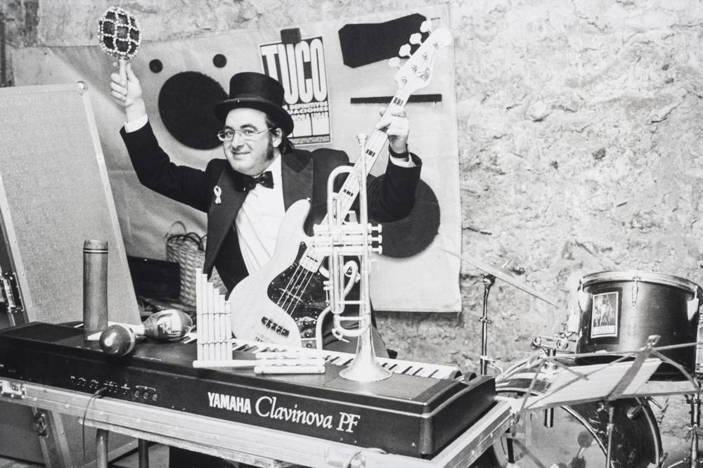 Tuco siempre ha sido un hombre orquesta. Años 90.