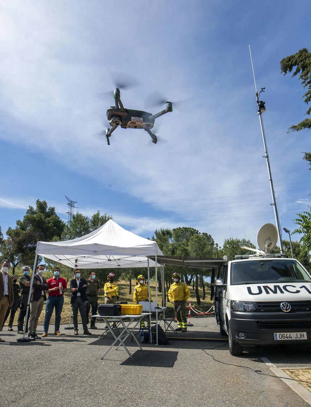 3.000 personas, 250 medios y un dron para los incendios