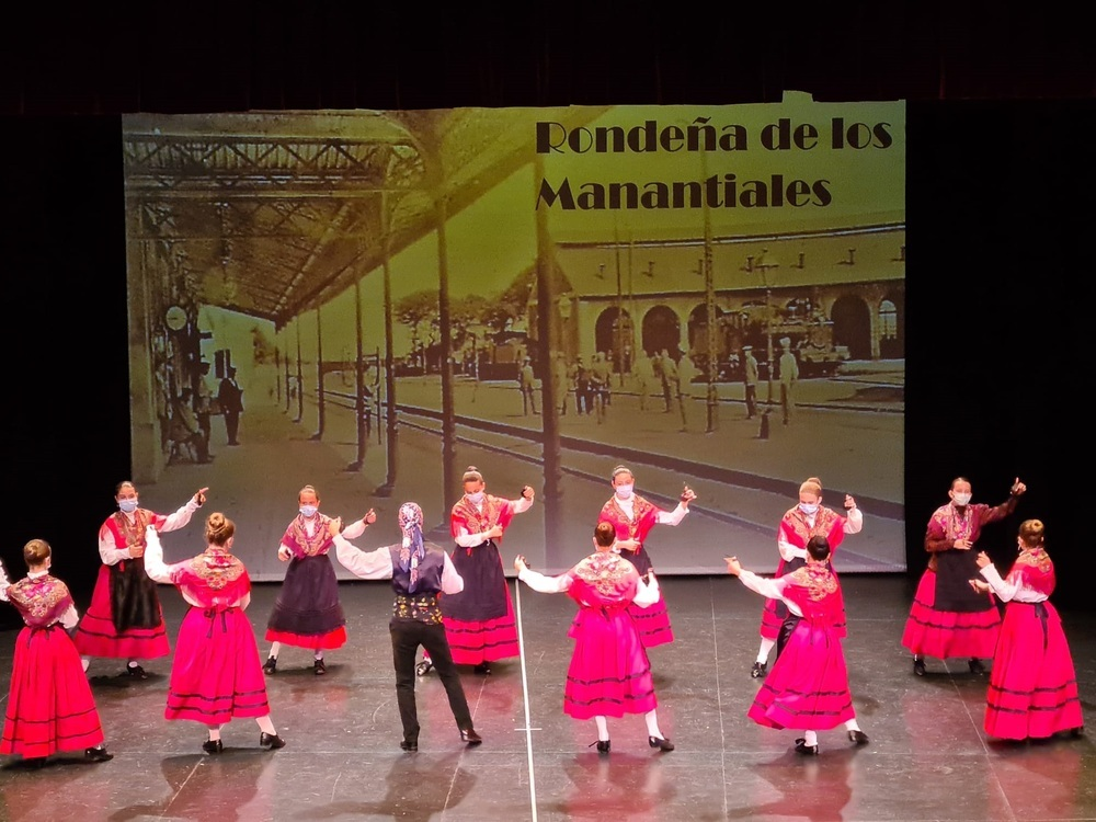 La Escuela de Folclore de Alcázar celebra el fin de curso