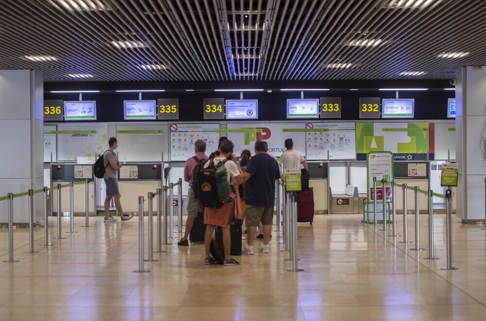 Las reservas de vuelos de Inglaterra a España se dispara un 400%