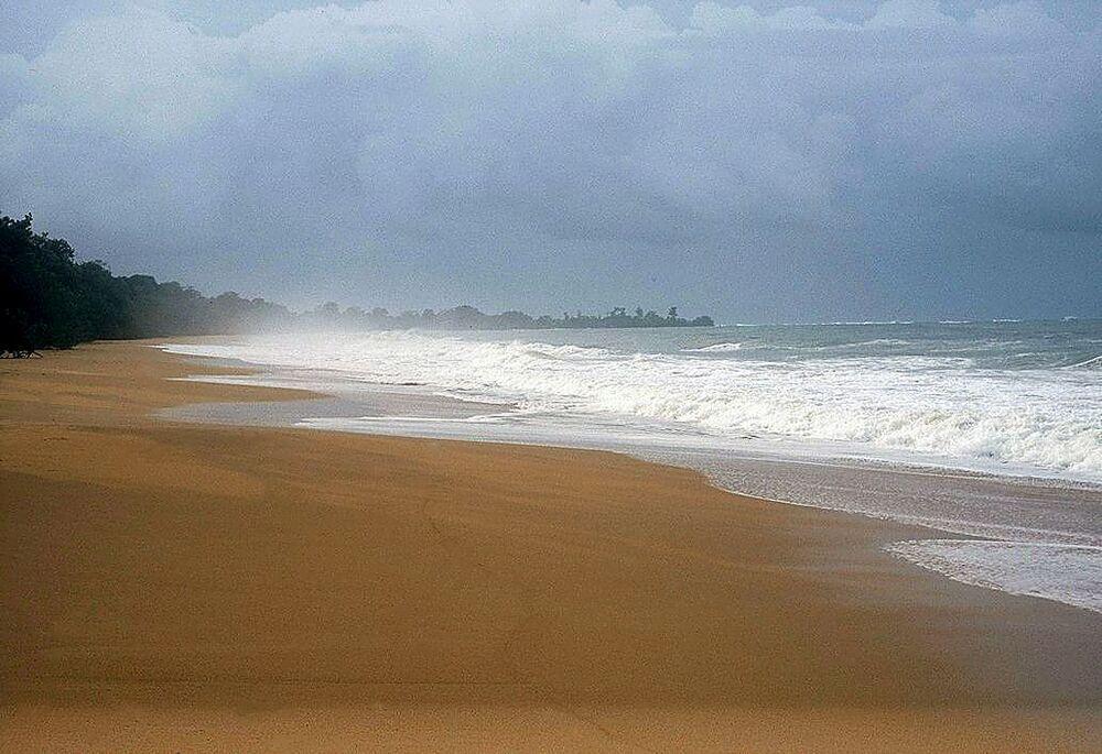 La isla Colón es la principal del archipiélago de Bocas del Toro, situada al noroeste de Panamá