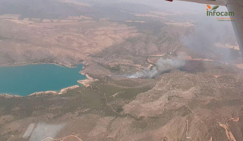 Vista aérea del alcance del incendio.