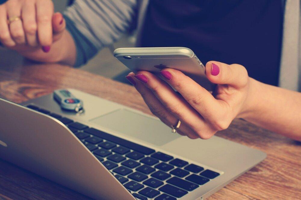El móvil vence al ordenador en tráfico web