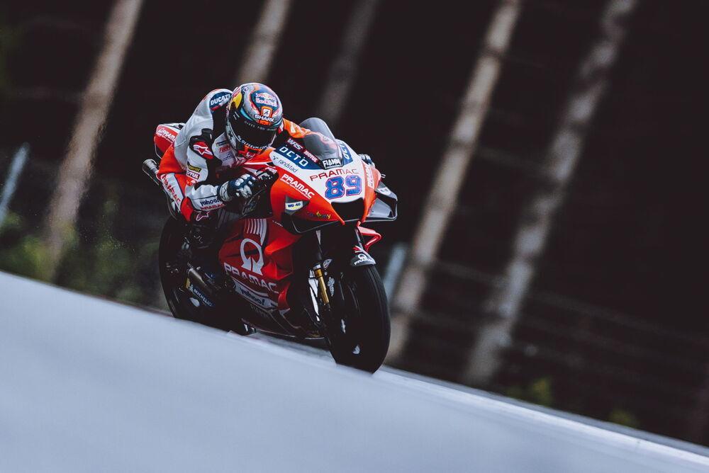 Un arrollador Jorge Martín gana su primera carrera en MotoGP