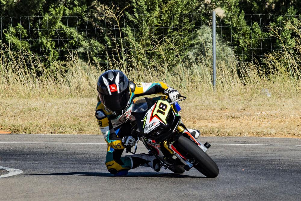 Alonso García, durante un entrenamiento en el circuito de Corral.