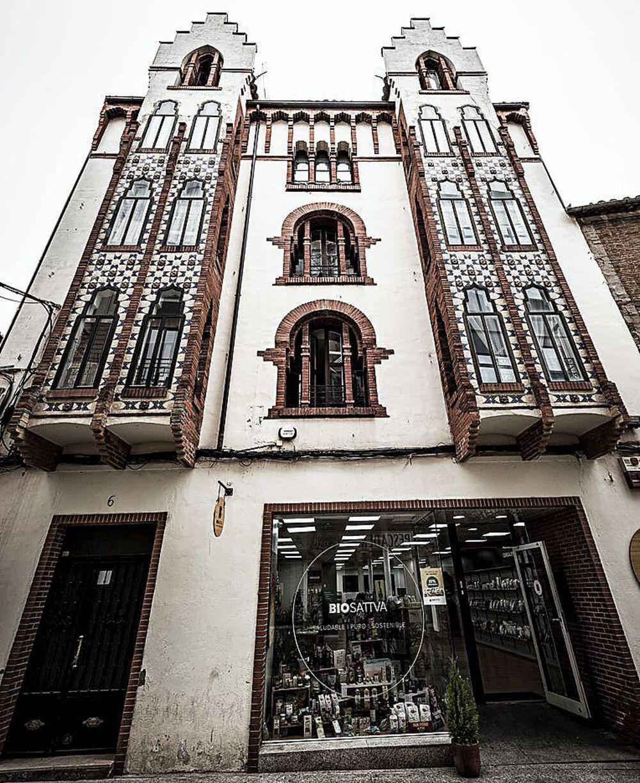 Urgen proteger la fábrica de chocolate de la calle Cortes