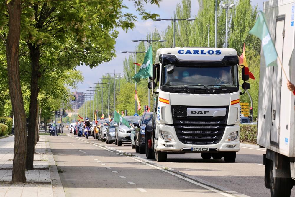 Caravana por el Día del Trabajador convocada por el sindicato Solidaridad.