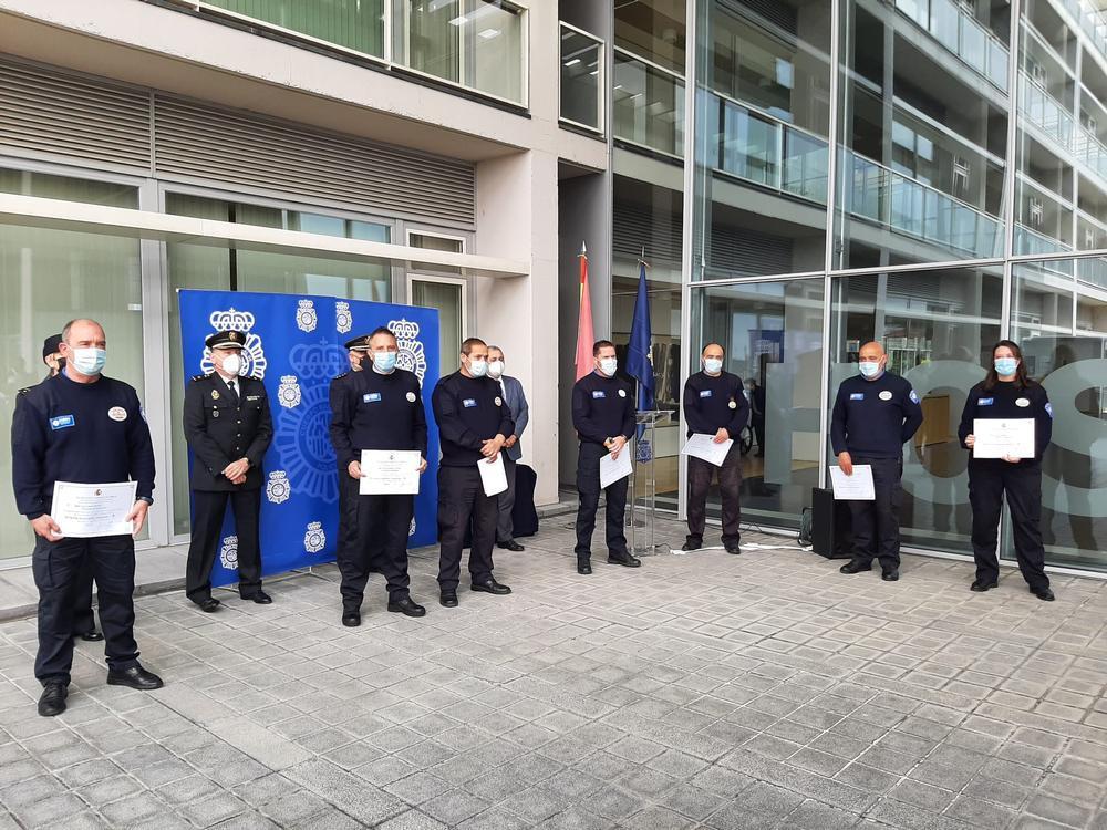 Reconocimiento a 7 vigilantes de seguridad de los hospitales.