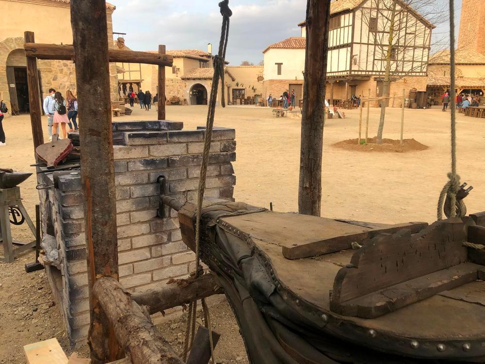 De la artesanía a la ganadería: economía local en Puy du Fou