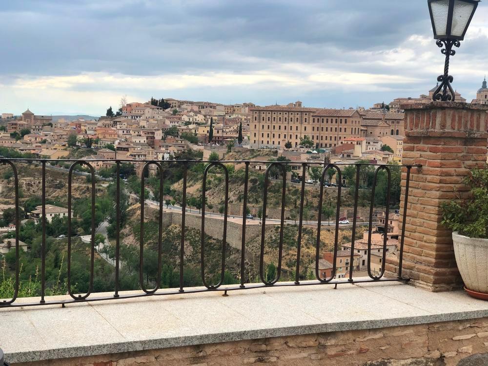 Toledo celebra la Virgen del Valle con orden y sin apreturas