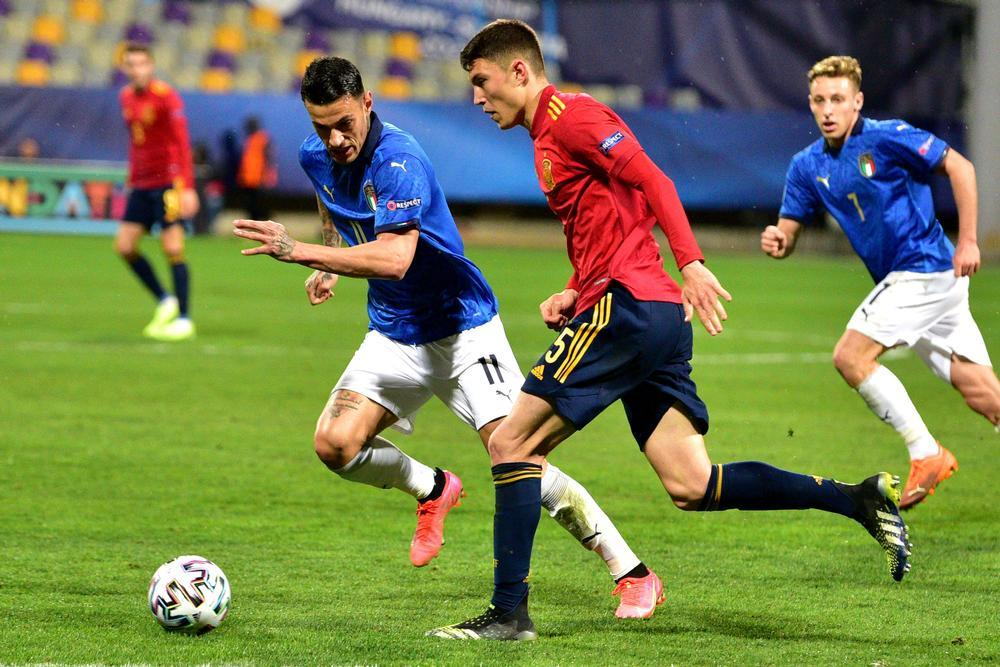 España logra un puntazo ante Italia