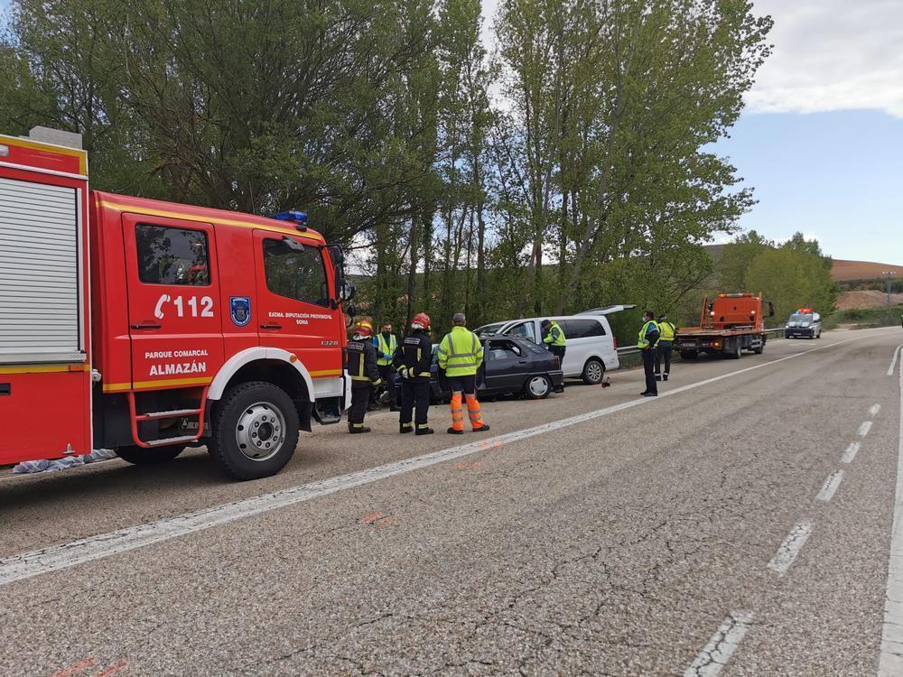 Dos jóvenes vallisoletanos mueren en un accidente de tráfico en Almazán.
