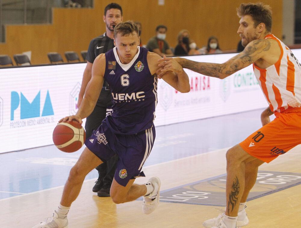 Basquet Coruña - UEMC Real Valladolid Baloncesto.