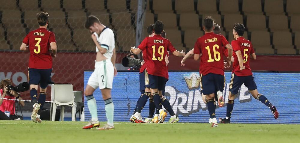 España sigue con paso firme hacia la Eurocopa