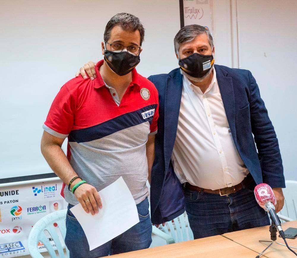 Javier Laguna (izquierda), junto a Juan Pablo Marciel.