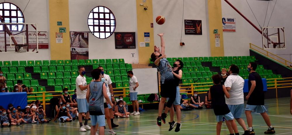 Daimiel despide su primer campus de baloncesto