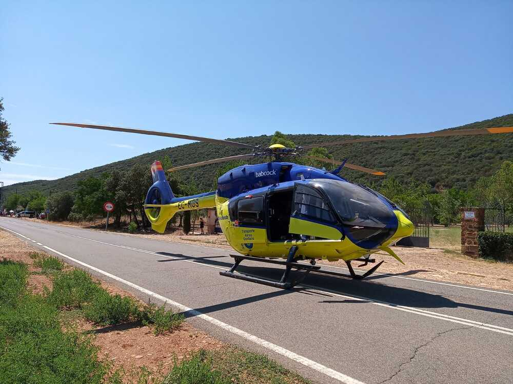 Trasladado en helicóptero tras un grave accidente de moto