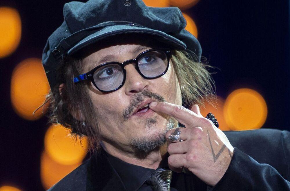 Johnny Depp recibe