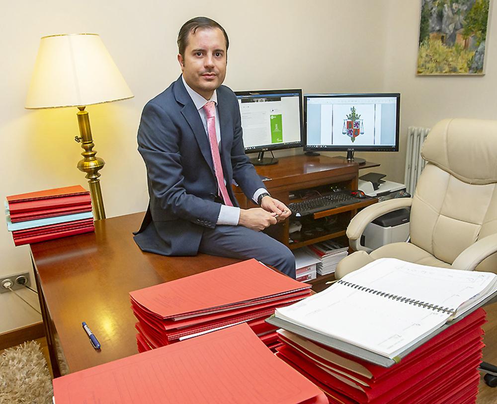 «La situación para los graduados en Derecho es complicada»