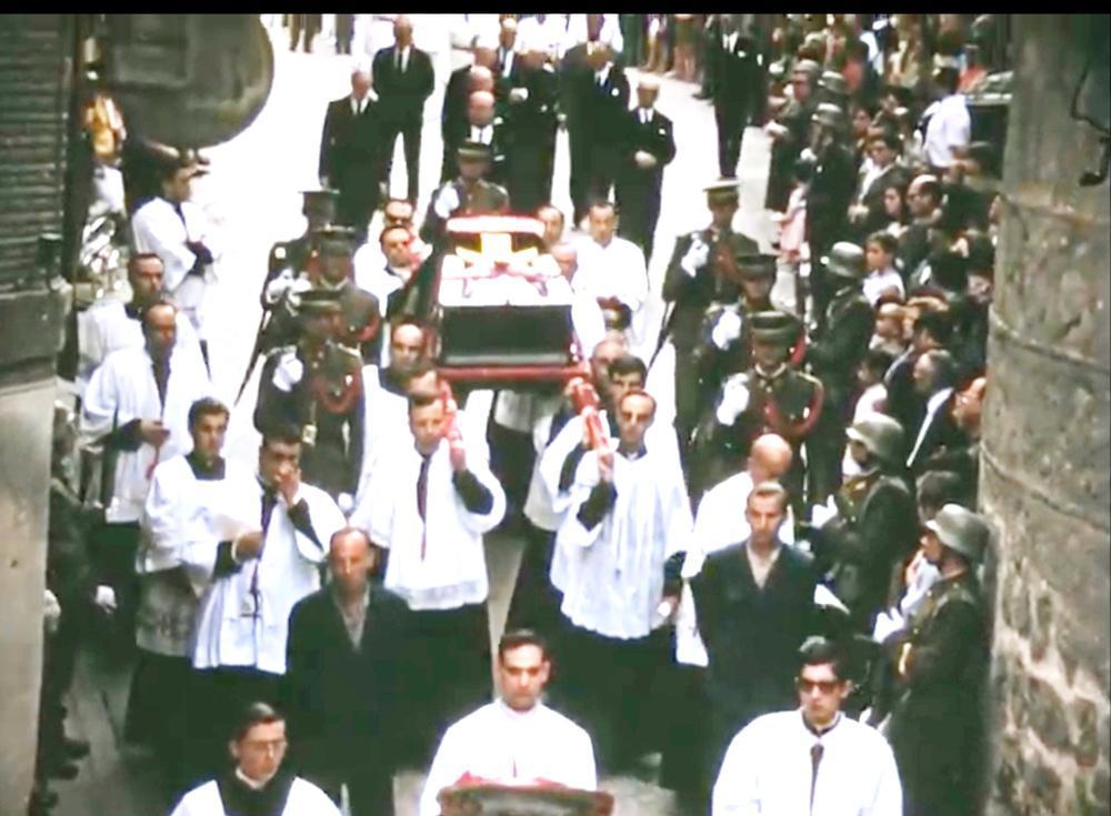La Filmoteca recupera el entierro del cardenal Plá y Deniel