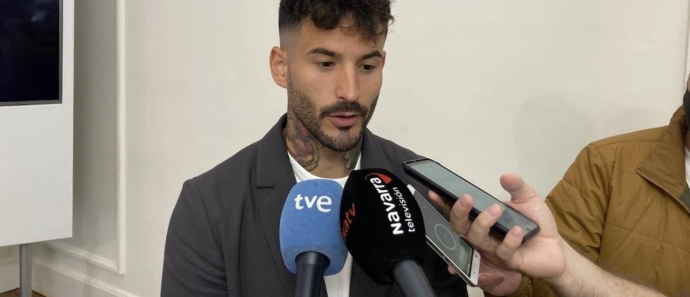 Rubén García atendía a los medios tras la presentación del primer 'Play Pamplona Game Fest'