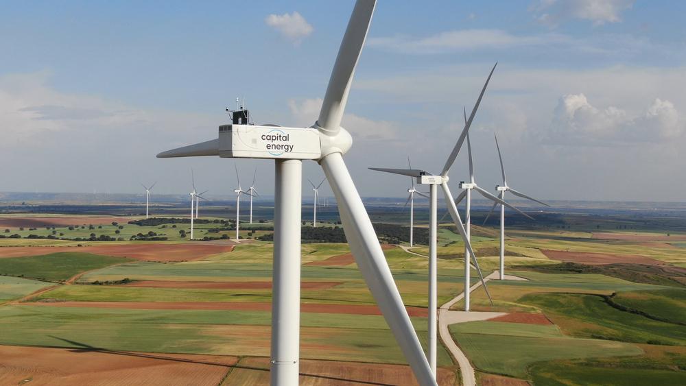 Capital Energy y la leonesa ADL BioPharma firman un PPA y se convierten en socios estratégicos. Parque eólico de Capital Energy Las Tadeas, en Palencia.