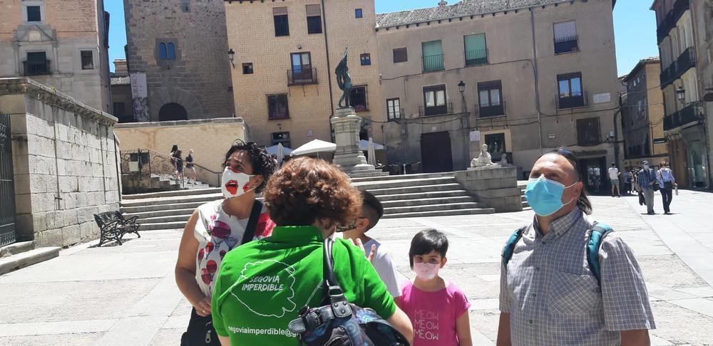 'Segovia imperdible', la reinvención de 4 guías turísticas