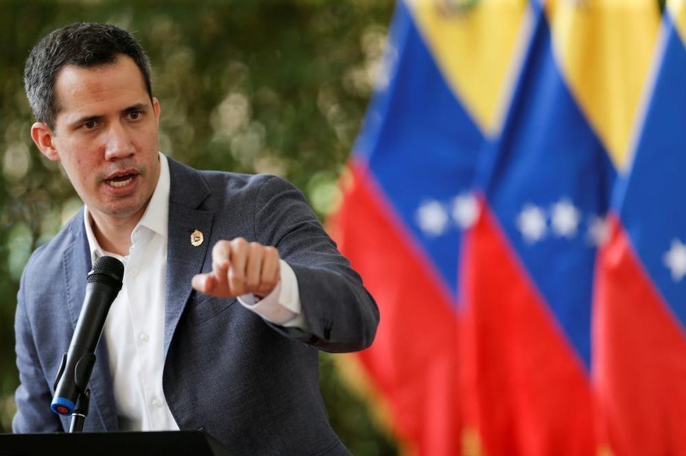 Guaidó cambia el rumbo y se abre a negociar con Maduro