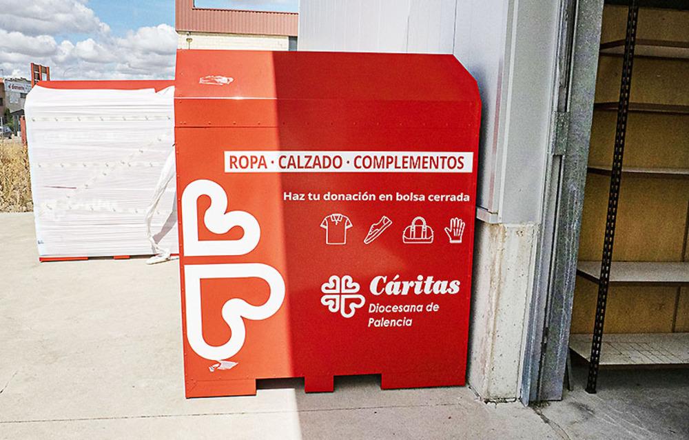 Cáritas recoge 30 Tm. de ropa y calzado para reciclar