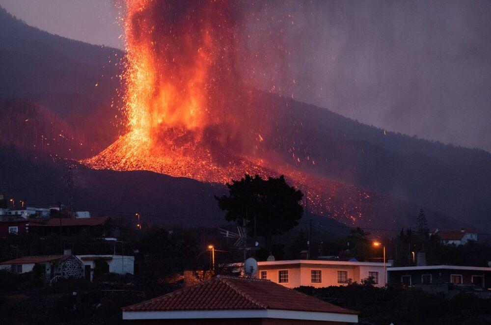 La erupción lleva cinco días de actividad.