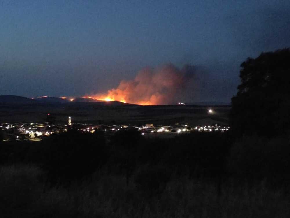 Una cosechadora, posible origen del incendio de Corral