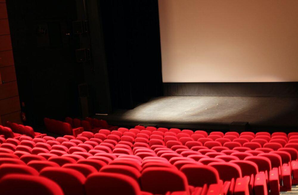 Se amplía el aforo en cines y teatros al 60%