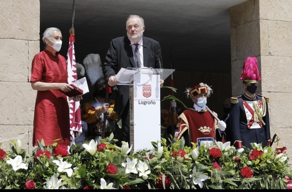 Logroño entrega sus insignias de oro por San Bernabé