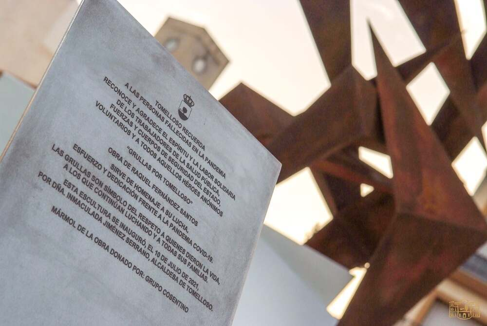 Tomelloso recuerda a las víctimas del COVID-19