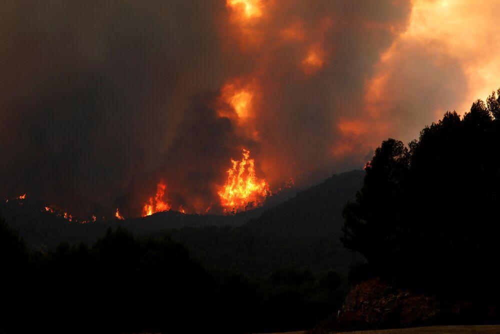 Logran estabilizar el incendio de Santa Coloma de Queralt