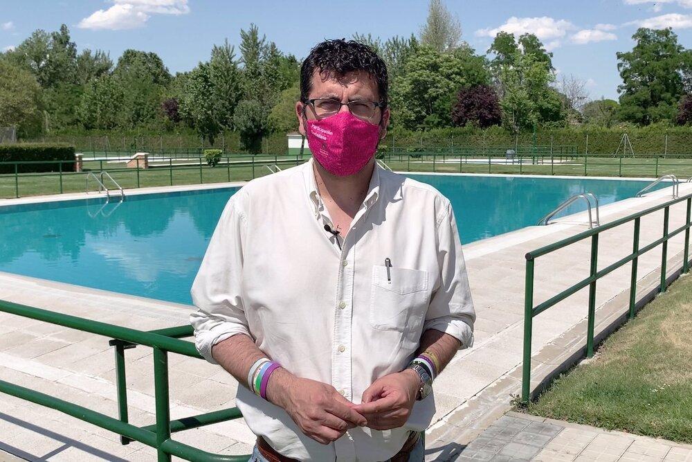 Abren las piscinas municipales con congelación de precios