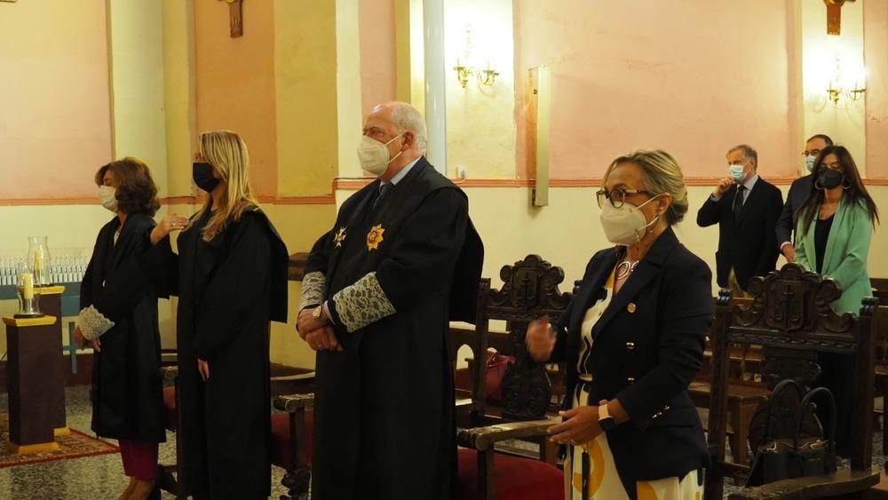 Imagen de la misa en las Carmelitas con motivo de la festividad de la patrona de los abogados