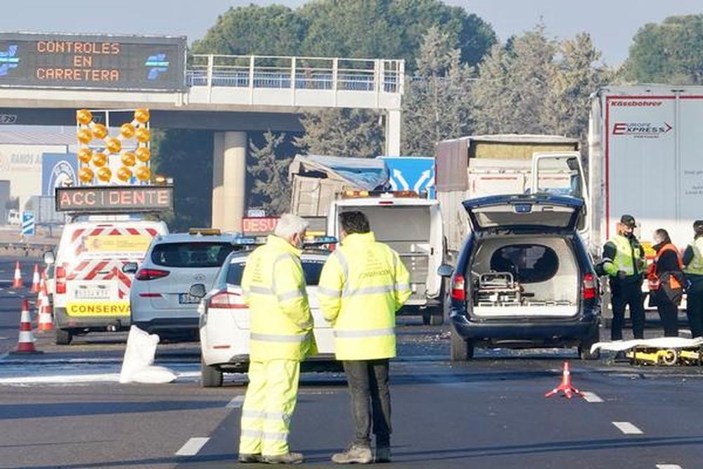 Tres personas fallecen en un accidente de tráfico en Tordesillas.