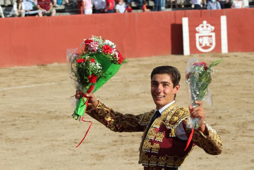 Nacho Torrejón se mostró rotundo y paseó Cuatro orejas.