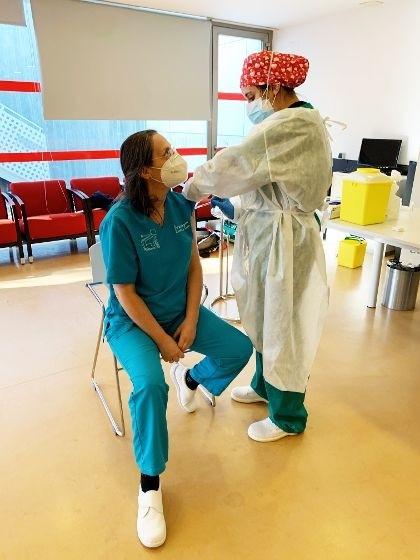 Aspaym comienza la vacunación de 50 usuarios y 60 empleados.
